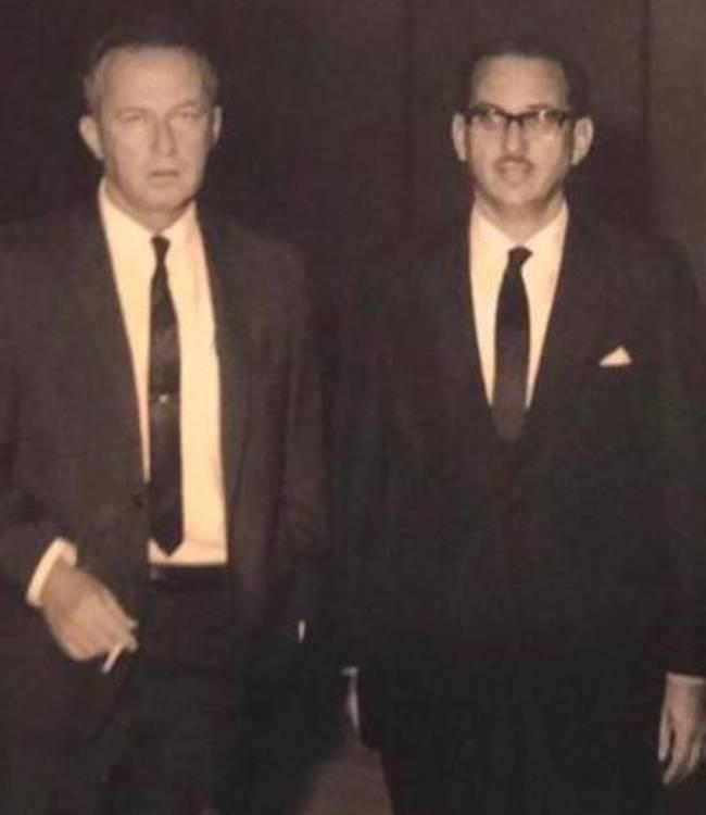 foto antigua de dos hombres con trajes Rubén-Merenfeld-Itzjak-Rabin-visita-Caracas-Venezuela-1969